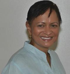 Dr. Agnes Quinones